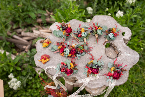 Mini autumn boutonniere Flower buttonhole Red boutonniere Fall groom's boutonniere Wedding accessories Witness Groomsman Magaela Accessories
