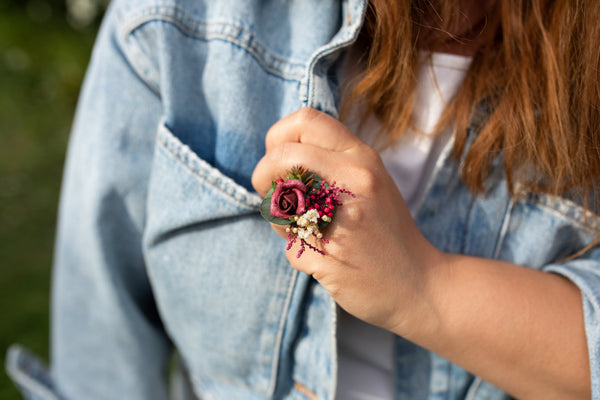 Romantic burgundy flower ring Bridal ring with baby's breath Ring with red wine rose Adjustable ring Nickel free Magaela accessories Wedding