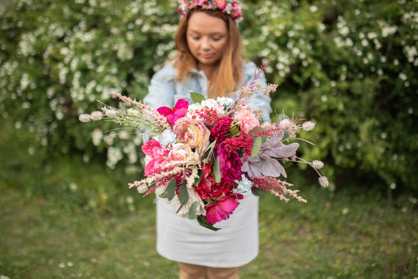 Raspberry pink Wedding Bouquet Flower Bridal Bouquet Romantic Bouquet Fuchsia Bouquet Bridesmaid Bouquet Natural Bouquet Magaela Summer