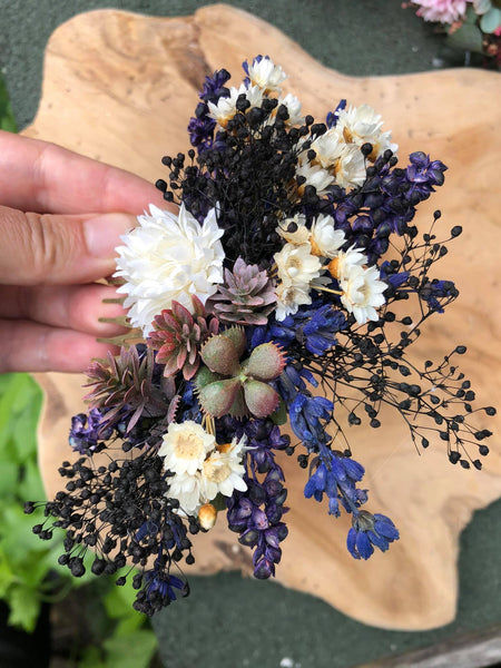 Flower wedding hair comb Boho flower comb Bridal hair comb with succulents Magaela accessories Lavender flower comb Wedding 2021 Handmade