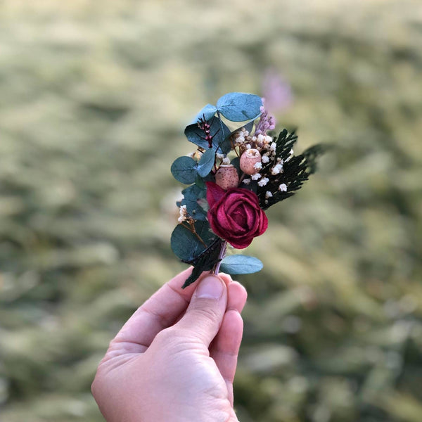 Burgundy boutonniere Eucalyptus boutonniere for groom Accessories for groom Wedding accessories Magaela Wedding 2021 Groom's corsage