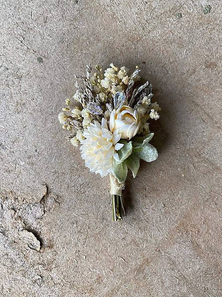 Romantic boutonniere in pastel colours Ivory buttonhole Handmade groom's corsage Wedding Ivory flower buttonhole