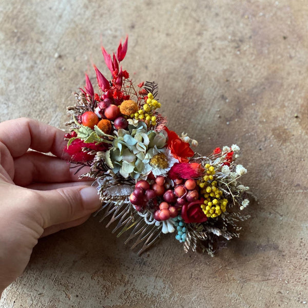 Autumn wedding hair comb Bridal flower comb Wedding hair accessories Red flower comb Burgundy accessories Decorative hair comb Magaela