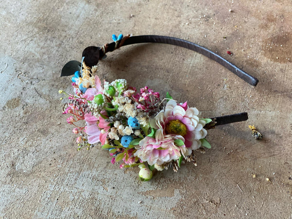 Romantic flower headband with blueberries Bridal hairband Wedding flower headband Bridal accessories Handmade Magaela Blush flower hairband