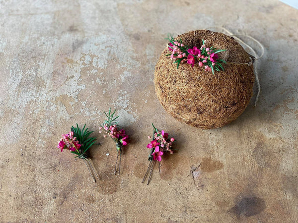 Pink flower hairpins for bride Green and pink floral hairpin Magaela Wedding hairpins Hochzeit Hair accessories Baby's breath Rosemary
