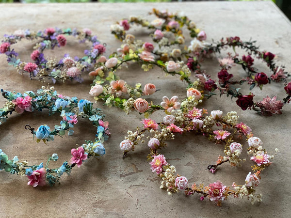 Pink wedding garland Blush Floral Hair garland Wedding accessories Hair jewelry Hair flowers Bridal garland Hair wreath Hair accessories