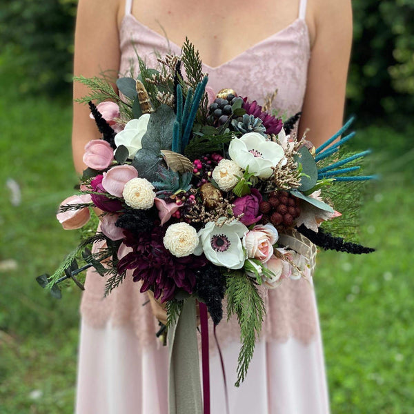Elegant wedding bouquet Burgundy Ivory Bridal bouquet Flower Bridesmaid Bouquet Plum Artificial Bouquet Magaela accessories Personalised