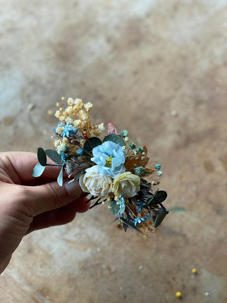 Blue and ivory wedding hair comb with baby's breath Hair accessories Bridal comb Magaela accessories Fashion Handmade product Hair flowers