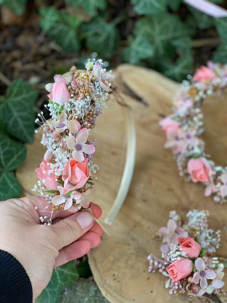 Pink wedding headband Flower hairband Handmade bridal headpiece Romantic headband Bush wedding Pale pink headband Magaela Hair accessories