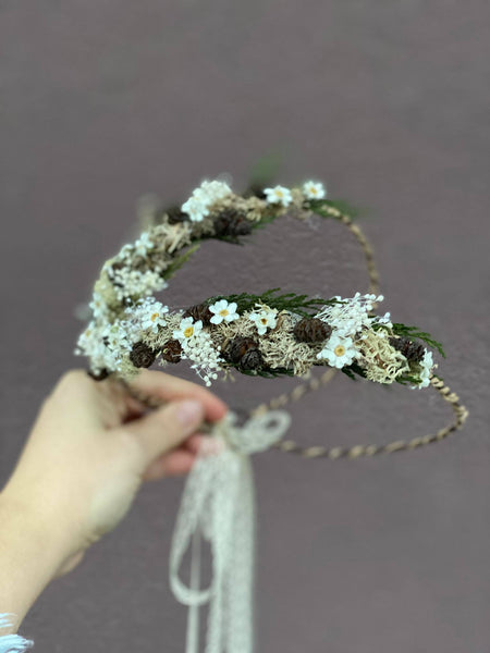 Ivory woodland flower crowns for mummy and daughter Forest photoshoot Christmas present Mother and daughter wreath Children's hair wreath