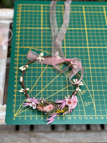 Romantic flower crown for mummy and daughter Pink crowns for photoshoot Christmas present for girl Matching crowns Children's hair wreath
