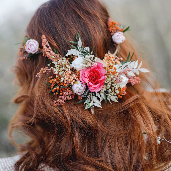 Boho flower headpiece Wedding hair vine Peony headpiece Natural wedding wreath Bridal hairstyle Hair flowers Magaela Flower jewelelry