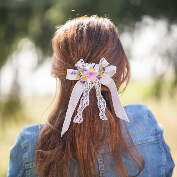 Meadow flower hair clip Bridal barrette clip with daisy Customisable Hair bow Ribbon Lace ponytail clip Gift for her Wedding 2021 Pink clip