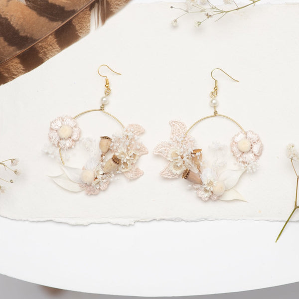 Romantic circle dangle earrings Vintage flower earrings Surgical steel ivory flower earrings for bride Dried flowers Magaela handmade