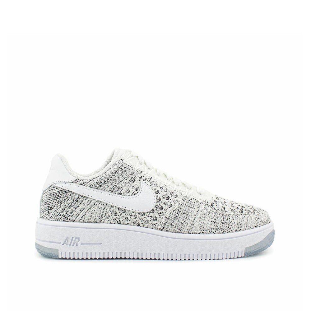 save off 09be8 28471 ... Nike Womens Air Force 1 Flyknit Low ...