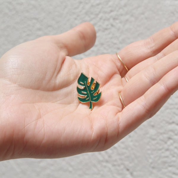 Monstera Pin