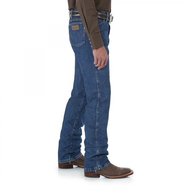Wrangler 0936 Wrangler® Cowboy Cut® Slim Fit Jean Waist 28 and 29 Gold Buckle Medium
