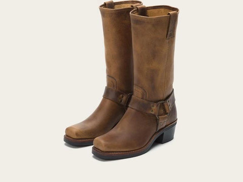 FRYE WOMEN'S HARNESS 12R 77300 DBN (FREE SHIPPING)