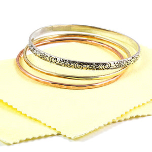 How to keep your jewelry clean with Sunshine polishing cloth