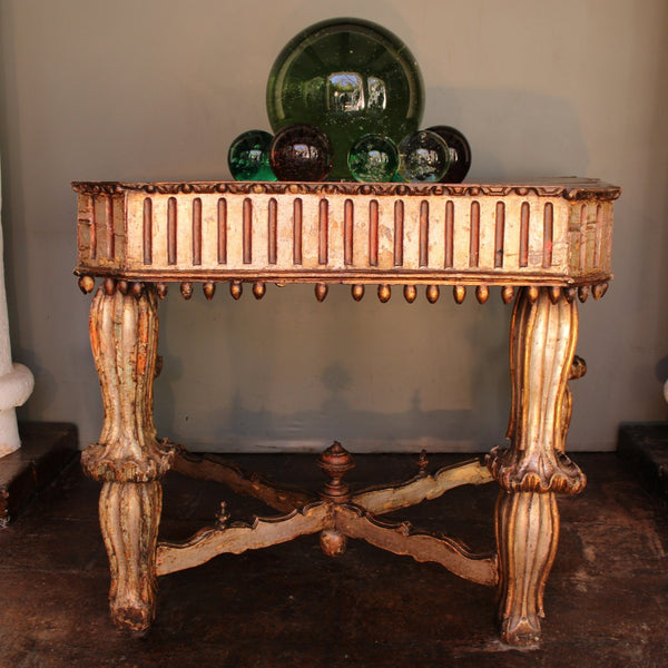 Magnificent 17th century Spanish Colonial console from Peru