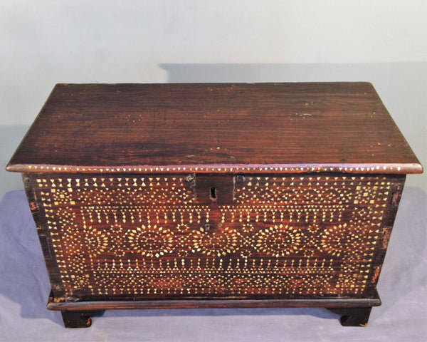 Mahogany trunk with Mother of Pearl inlay