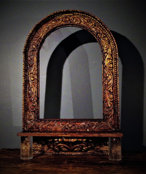 Mexican Arched niche with gold leaf over sabino wood and acrylic feet.