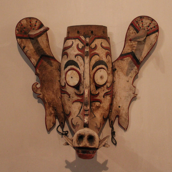 Mask from Irian Jaya / New Guinea