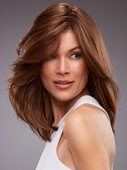 A gorgeous long bob shines with the natural finesse of human hair