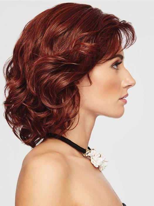 The Raquel Welch Editor's Pick wig is an above the shoulder layered bob, comes styled with loose, bouncy waves