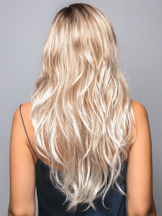 Long layers that add beautiful dimension and movement to this stunningly sexy style