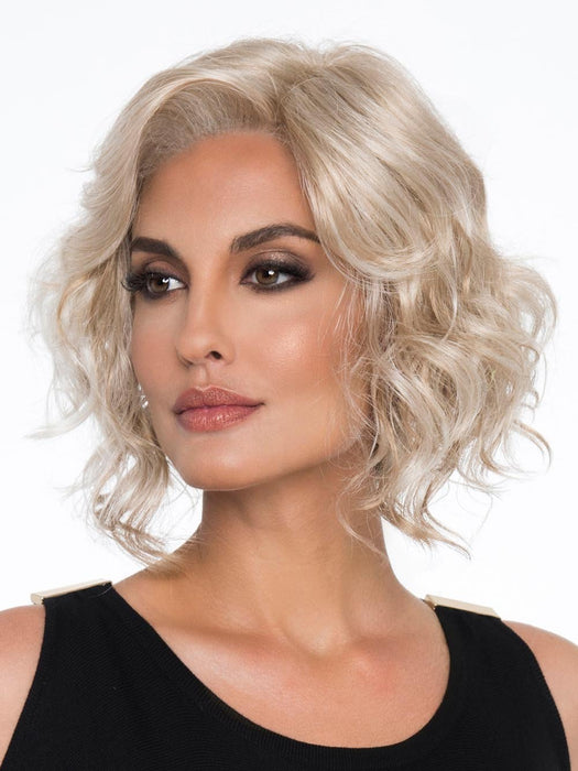 HARPER by ENVY in LIGHT BLONDE | 2 toned blend of Creamy Blonde with Champagne highlights