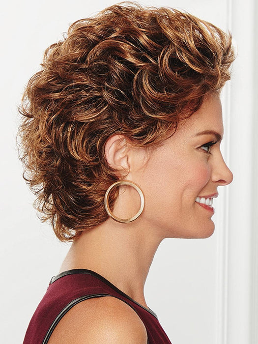 Soft, barrel curls that add voluminous, full waves to create a sophisticated, short silhouette