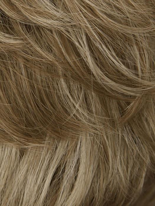 17/101 LIGHT PEARL BLONDE | Blonde Frosted w. Pearl Blonde