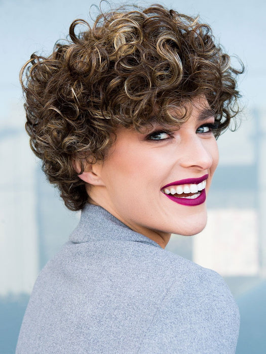 Switch 4 by Ellen Wille is designed with care free, easily workable curls!