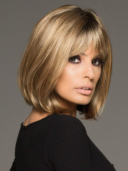PAIGE PETITE by Envy in TOASTED SESAME |  Medium Brown roots with overall Warm Cinnamon base and Golden Blonde highlights