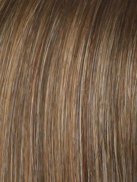 Color SS11/29 = Nutmeg: Light reddish brown with dark brown roots