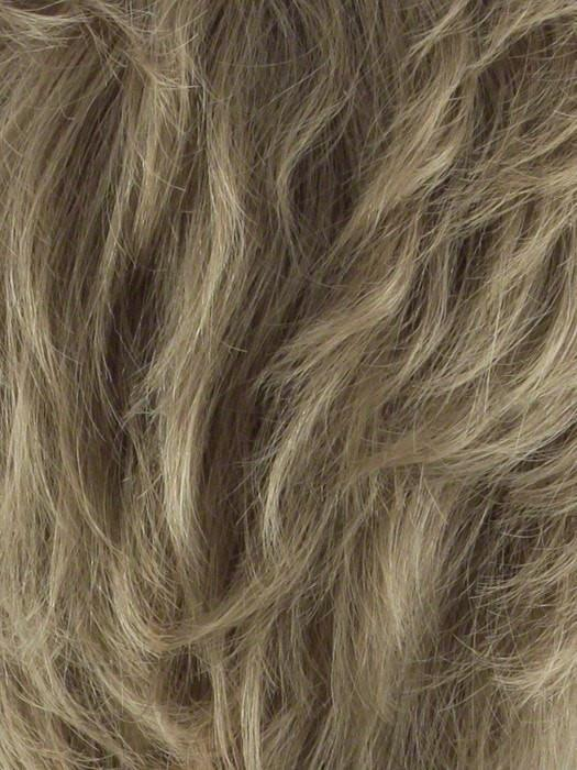 T24B/18 MEDIUM SHADE BLONDE | Ash Blonde Blended with Golden Blonde Tones, Blonde Tip