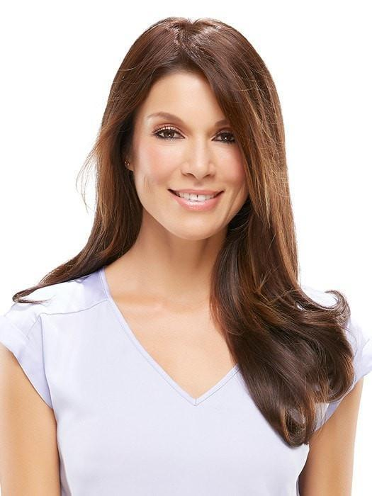Styled with a side part and shown with easiXtend 16 inch | Color: 6RN