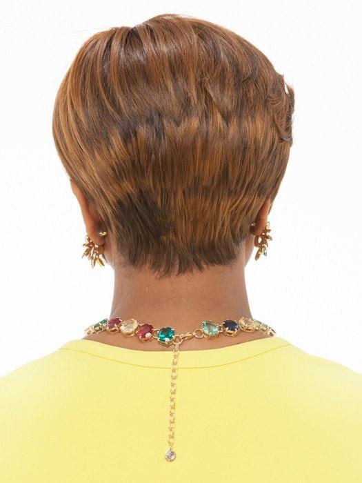 Tapered neckline is soft and comfortable | Color: P4/27/30