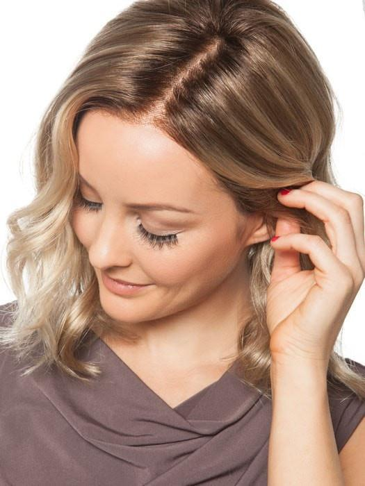 Smart Lace™ Front Wig: Ready-to-wear, hand-tied lace front is sheer, smooth and soft. It mimics a natural hairline, allowing you to style hair off the face