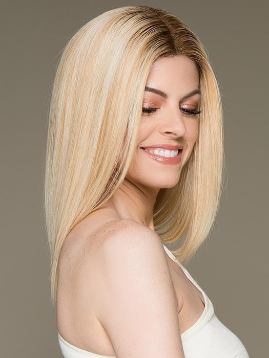 GWYNETH by JON RENAU in FS24/102S12 LAGUNA BLONDE | Lt Gold Brown w/ Pale Natural Gold Blonde Blend, Shaded w/ Med Brown