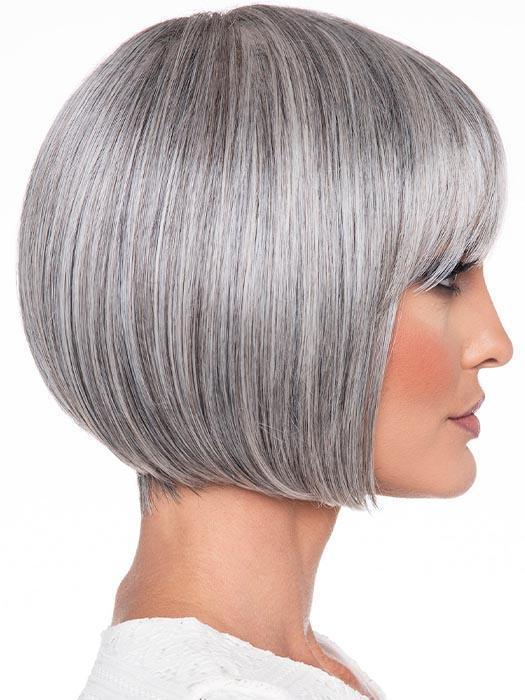 Tandi Wig by Envy offers an exquisite take on this style, with her strong, clean lines and eyebrow-skimming fringe