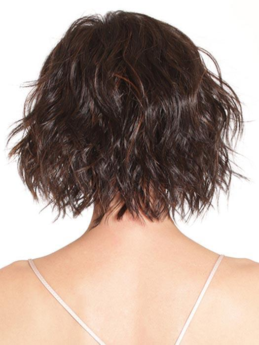Chic, wavy bob that's on trend and classy