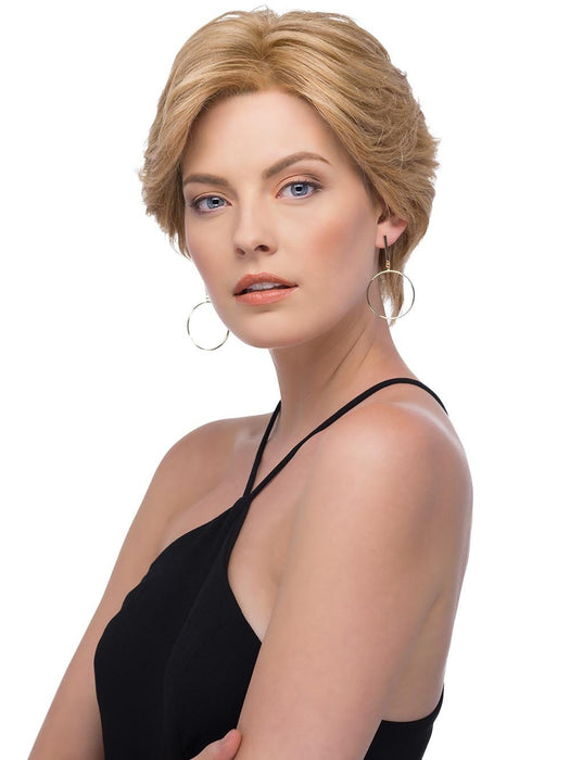 Full of grace and elegance, Sabrina by Estetica is a stunning short Remi human hair wig