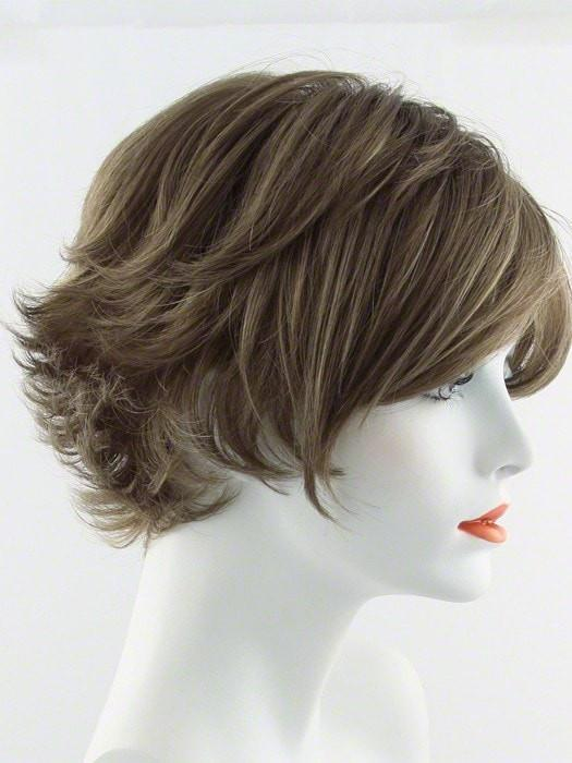 R12/26H | HONEY PECAN | Light Brown with Cool Subtle Medium Blonde highlights