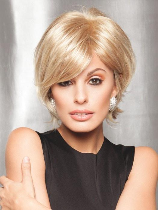 City Life by Raquel Welch in R14/88H GOLDEN WHEAT | Dark Blonde Evenly Blended with Pale Blonde Highlights