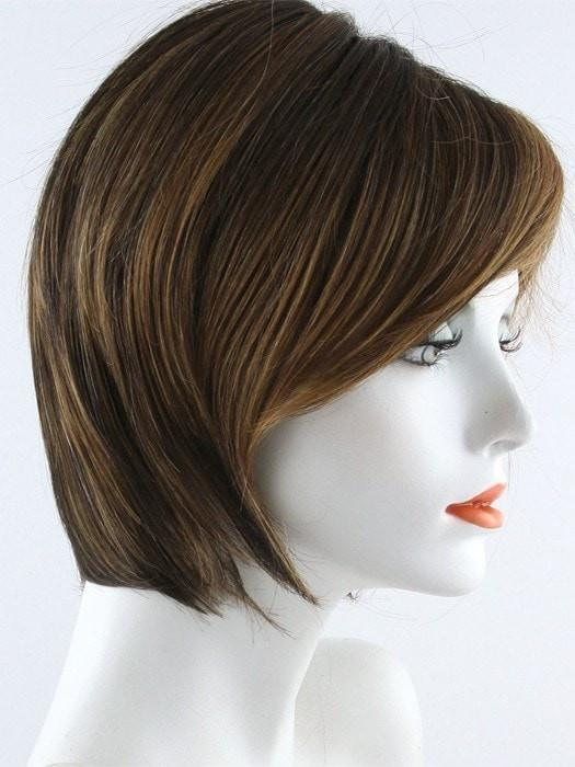 Color RL8/29SS = Shaded Hazelnut: Medium brown with ginger highlights and dark brown roots