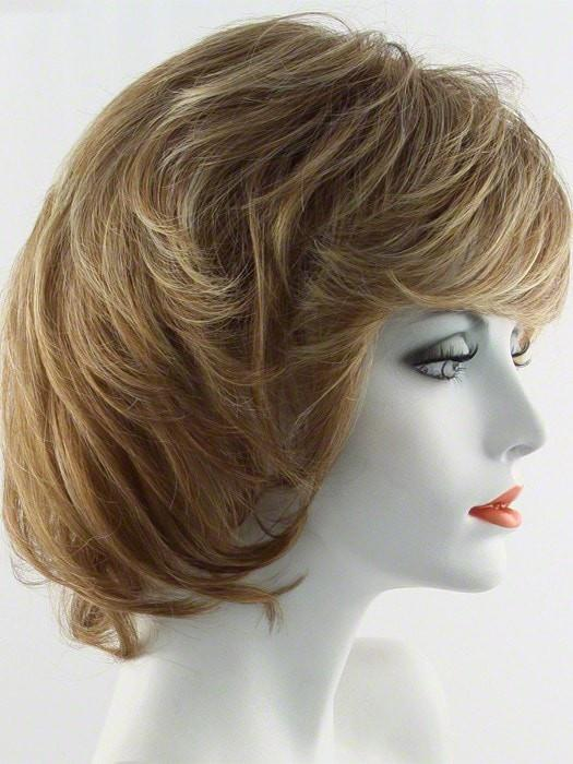 Color SS11/29 = Nutmeg: Light reddish brown with dark brown roots | Salsa by Raquel Welch