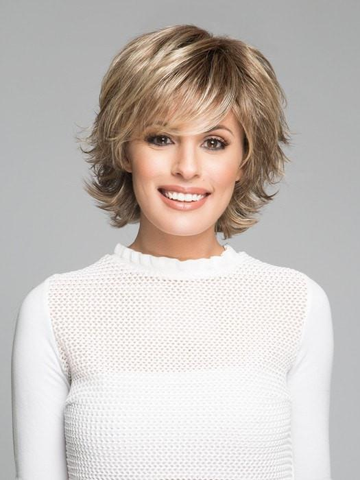 TREND SETTER by Raquel Welch in SS12/22 SHADED CAPPUCCINO | Light Golden Brown Evenly Blended with Cool Platinum Blonde Highlights and Dark Roots