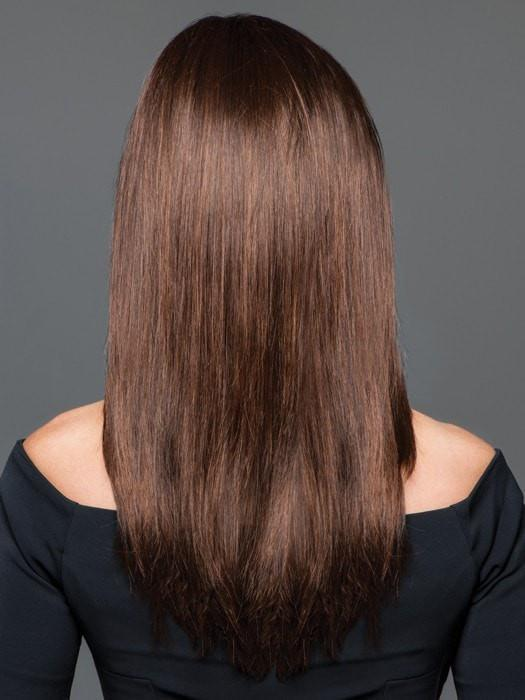Tapered ends and layers add soft movement | Color: GL6-30
